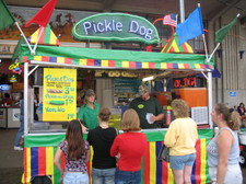 Pickle_dog_booth